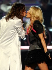 04-steven-tyler-carrie-underwood.jpg